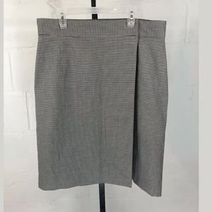 Brooks Brothers 346 Houndstooth Wrap Skirt